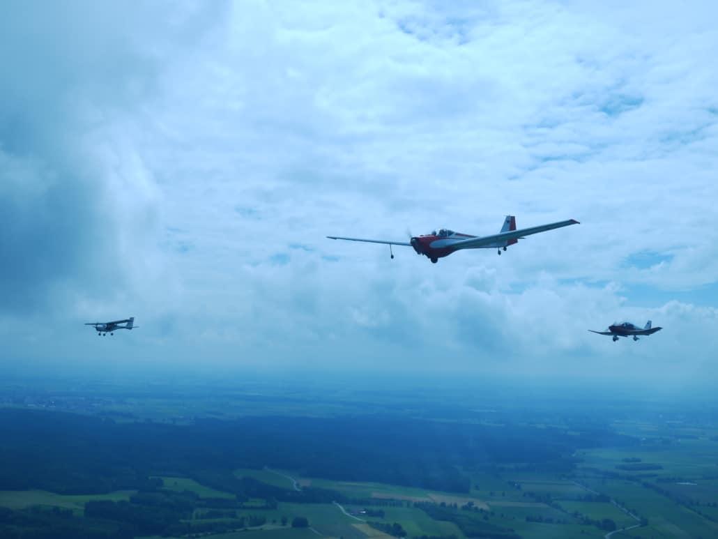 Im Formationsflug gen Heimat